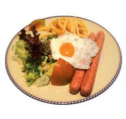 Frankfurt amb ou, patates i amanida